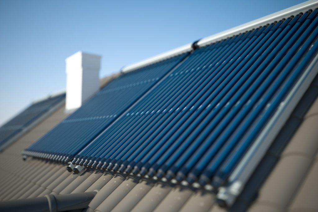 ¿Qué es un termotanque solar?