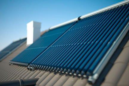 Termotanque split solar para techos con inclinación