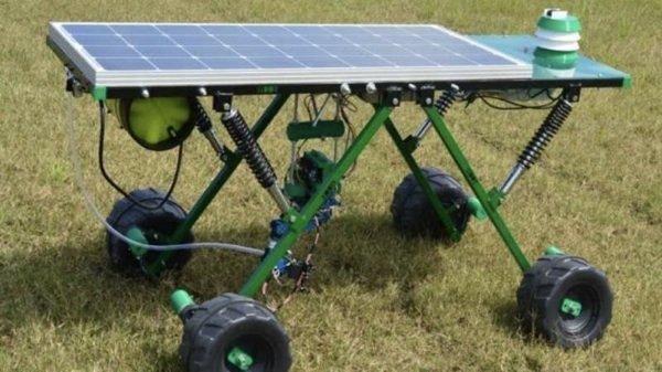 Robot acaba con la utilizacion de glifosato en el campo y permite ahorrar millones.
